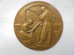 LIEGE-EXPO 1905 Par DEVREESE 101 Grammes-65 Mm - Professionnels / De Société