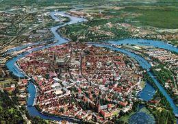 1 AK Germany * Blick Auf Die Altstadt Von Lübeck - Luftbildaufnahme - Seit 1987 UNESCO Weltkulturerbe - Krüger Karte * - Luebeck