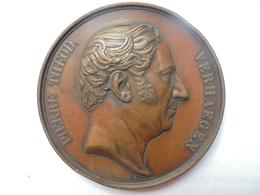 PIERRE THEODORE VERHAEGEN-LIBERTES PUBLIQUES En 1852 Par LEOP.WIENER 117 Grammes-65 Mm - Professionals / Firms