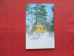 Snow Mobile       Ref 3262 - Winter Sports