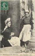 - Finistere - Ref-E190 - Moeurs Et Types Bretons -jeunes Bigoudines - Fillettes - Coiffe - Coiffes - Costumes - Folklore - France