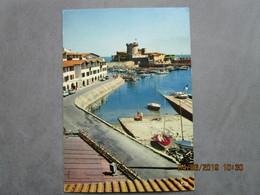 CP 64 SOCOA CIBOURE  - Le Fort De SOCOA Et Le Port  - Descente De Mise à L'eau Des Bateaux , Voilier - Voiture Ford 1974 - Ciboure