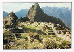 1 AK Peru * Blick Auf Machu Picchu - Seit 1983 UNESCO Weltkulturerbe - Rückseite Bedruckt In Deutsch - Siehe Scan * - Peru