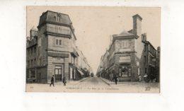 AVRANCHES La Rue De La Constitution  (carte Animée) - Avranches