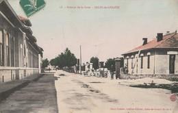 CPA 13 SALIN DE GIRAUD  AVENUE DE LA GARE   TRAVAUX MACONS - France