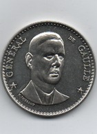 Médaille   Charles De Gaule  H Thiebaud   41 Mm - Militaria