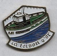 Pin's Bateau Navire Pêche La Toison D'Or Le Croisic - Boten