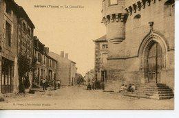 1047. CPA SEPIA 86 ADRIERS. LA GRAND'RUE 1925 - Sonstige Gemeinden