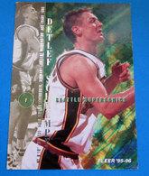 DETLEF SCHREMPF   CARDS NBA FLEER 1996 N 326 - Altri