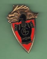 INSIGNE MILITAIRE 4e Régiment Du Génie *** Signe Y.DELSART *** BR-4 - Army