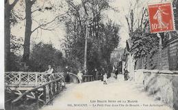 Nogent Sur Marne. Le Petit Pont Dans L'ile De Beauté. - Nogent Sur Marne
