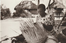 C.P. - PHOTO - ZAMBEZE - A NALOLO - MARIE - FEMME DU VIEUX NICODEME - M. CL. DELAHAYE - Zambie