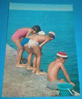 Bambini Al Mare CARTOLINA Non Viaggiata Edit. Cecami - Scenes & Landscapes