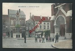 RUYSBROECK (Sint-Pieters-Leeuw) Entrée De L'Eglise. Top Carte Animée, Couleurs, Voyagée En 1910. Voir Dos. - Sint-Pieters-Leeuw