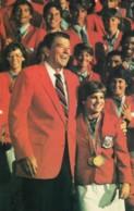 US President Reagan & 1984 US Olympic Team & Gymnast Mary Lou Retton, C1980s Vintage Postcard - People