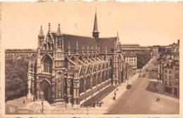BRUXELLES - L'Eglise Notre-Dame Du Sablon Et Rue De La Régence - Lanen, Boulevards