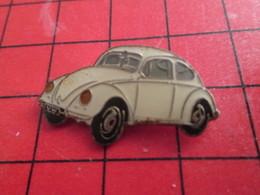 1315a Pin's Pins / De Belle Qualité Et Rare / THEME AUTOMOBILES : VW VOLKSWAGEN BLANCHE COCCINELLE - Volkswagen