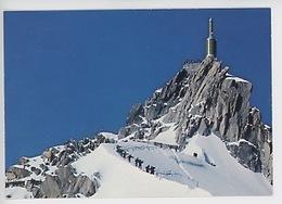 Chaine Du Mont Blanc : Aiguille Du Midi (cp Vierge N°1258) Alpiniste Randonneur - Chamonix-Mont-Blanc