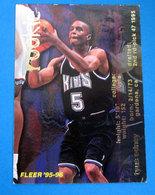 TYUS EDNEY NBA CARDS FLEER 1996 N 359 - Trading Cards
