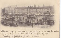 LUNEVILLE // Place Leopold Un Jour De Marché - Luneville