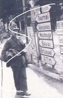 8 Mons 1944 Retraite Allemande. Wehrmacht Panneaux. Repro - 1939-45