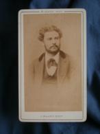 Photo CDV  Marrast à Toulouse  Portrait Homme  Veste à Col En Velours (Lebois 1872)  - L436C - Anciennes (Av. 1900)