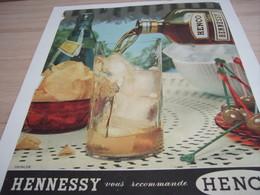 ANCIENNE PUBLICITE  HENNESSY VOUS RECOMMANDE HENCO 1958 - Alcools