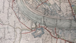 Antwerpen, Stafkaart Uit 1907. Papier Op Linnen. Met Een Mooi Overzicht Van De Fortengordel. 85,5cm X 54cm. - Topographische Kaarten