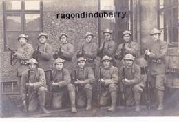 CPA PHOTO - POLOGNE - TESCHEN -CIESZYN - MILITARIA - GROUPE De SOLDATS POLONAIS Ou FRANCAIS Conflit POL TCHEC 1920 - Poland
