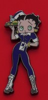 Modern Enamel Pin Badge Betty Boop Character Blue Outfit Food Tray Waiter - Celebrities