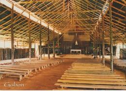 CP - MEDOUNEU - VUE INTERIEURE DE L'EGLISE DE LA MISSION CATHOLIQUE - CONTRUITE EN 1965 PAR LE PERE GILLES SILLARD - - Gabón