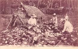 PIE.F-19-3303 : ILES SOUS LE VENT. RAIATEA. PREPARATION DU COPRAN - Polynésie Française