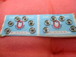 Carton Présentoir De Boutons Pression/Waldes/KOH-i-noor.Paris/Symbole De Qualité/Garanti Inoxydable/Vers 1940-1960 MER64 - Vintage Clothes & Linen
