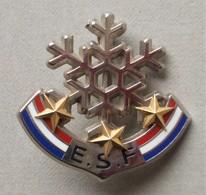 - Broche. Insigne. Ski. ESF - 3 étoiles - - Winter Sports