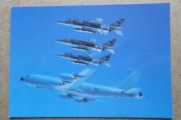 C135 FR Des Forces Aériennes Stratégique, Escorté De 3 Jaguar A ( Aviation  Avion ) - 1946-....: Ere Moderne