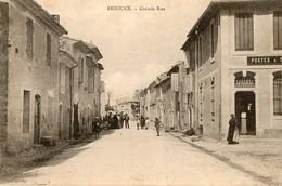 30. CPA. BEZOUGE.  Grande Rue, Bureau De Postes 1907. - Otros Municipios