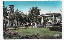 (RECTO / VERSO) MALO LES BAINS EN 1963 - N° 573 - PLACE TURENNE - BELLE FLAMME - FORMAT CPA VOYAGEE - Malo Les Bains