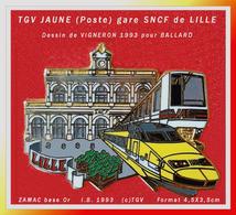 """SUPER MAX PIN'S TGV JAUNE (Poste) D'après Dessin De """"VIGNERON"""" : Signé BALLARD En ZAMAC Or, (c)TGV 1993,format 4,5X3,5cm - TGV"""