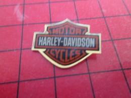 2017 Pin's Pins / De Belle Qualité Et Rare / THEME MOTOS : HARLEY-DAVIDSON AILES CHAUVE SOURIS - Motorräder