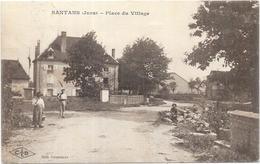 SANTANS: PLACE DU VILLAGE - Frankrijk