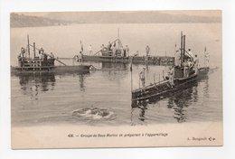 - CPA SOUS-MARINS - Groupe De Sous-Marins Se Préparant à L'appareillage - Edition A. Bougault 436 - - Sous-marins