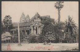036 CARTE POSTALE INDOCHINE - CAMBODGE - Angkor Vat, Alentours Du Temple, Première Plate-forme - Kambodscha