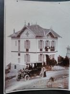 Espero Pax Deux Grandes Photos. Villa Et Voiture Ancienne En Gros Plan. Boulevard De Espéro Pax. Var - Lieux