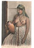 Algérie  Scènes Et Types Une Jolie Mauresque Seins Nus N°6593 LL De 1920? - Algérie