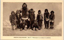 GROENLAND -- Missions Esquimaudes --  Missionnaires Et Ses Enfants  Du Catéchisme - Greenland