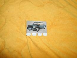 PETITE PLAQUE METALLIQUE PUBLICITAIRE ANCIENNE. COOP..COLLECTION L'AUTO A TRAVERS LES AGES. PANHARD 24 CT 1964 - Advertising