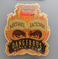 PIN'S  PEPSI  Michael Jackson  Dangerous World Tour - Marques