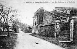 CPA Du Tonkin - Vieux Hanoï (1889) - Porte Est (Intérieur De La Citadelle) Ed. Dieulefit, N° 27. Non Circulée. TB état. - Viêt-Nam