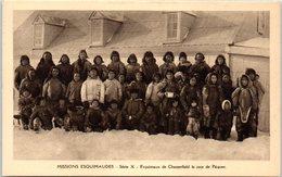 GROENLAND -- Missions Esquimaudes - Esquimaux De Chesterfield Le Jour De Pâque - Greenland