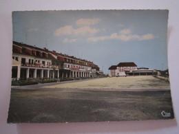 CARTE POSTALE MOSELLE STIRING-WENDEL CENTRE COMMERCIAL - Autres Communes